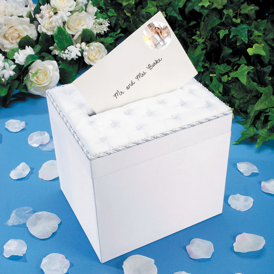 Custom Wedding gift box with personalized note card