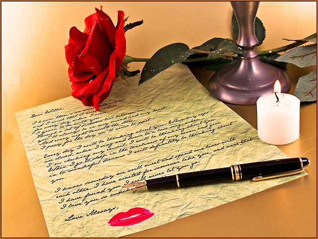 Write your love letter as a romantic Gift for her