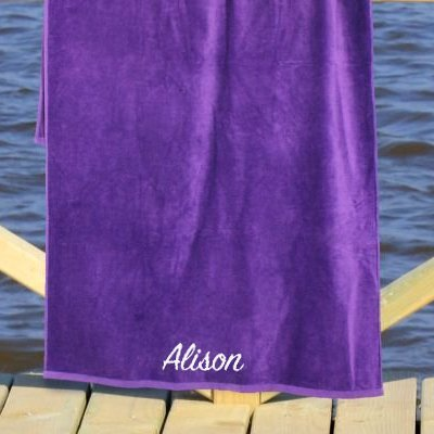 gift ideas for girlfriend on her birthday with beautiful towels
